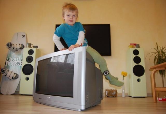 Tänapäeva teleka otsa enam istuda ei saa.